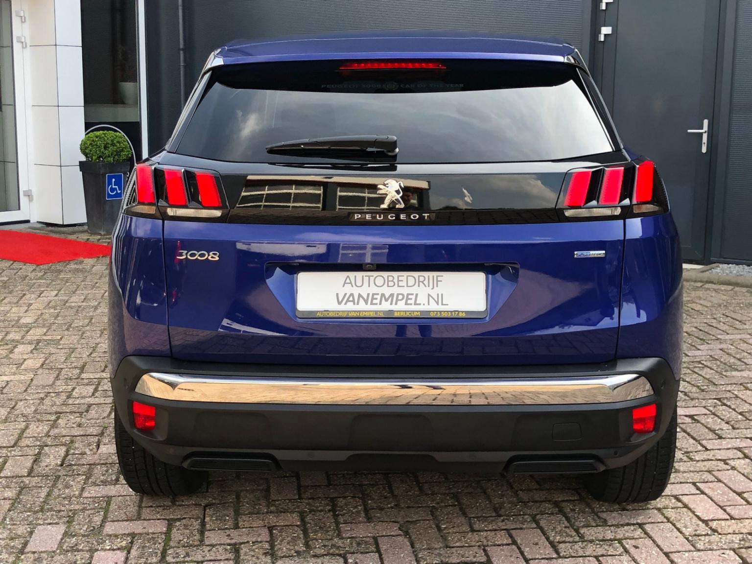 Peugeot-3008-4