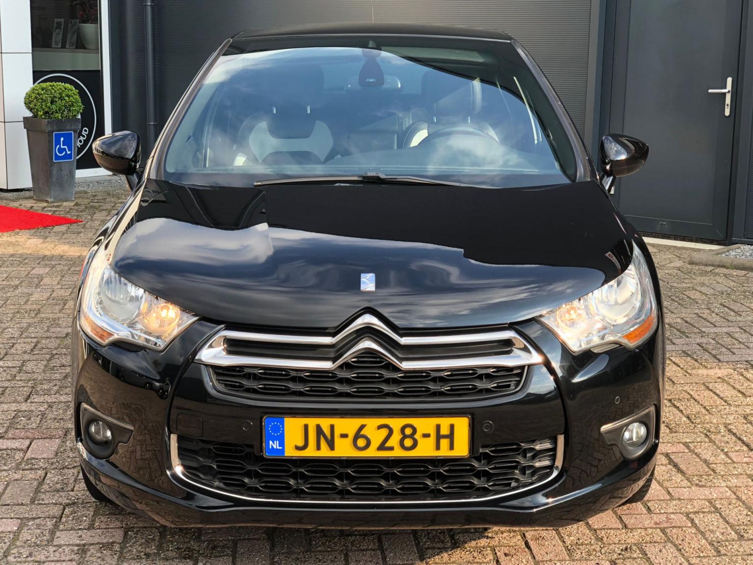 Citroën-DS4-2