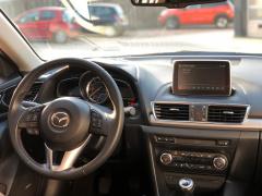 Mazda-3-8