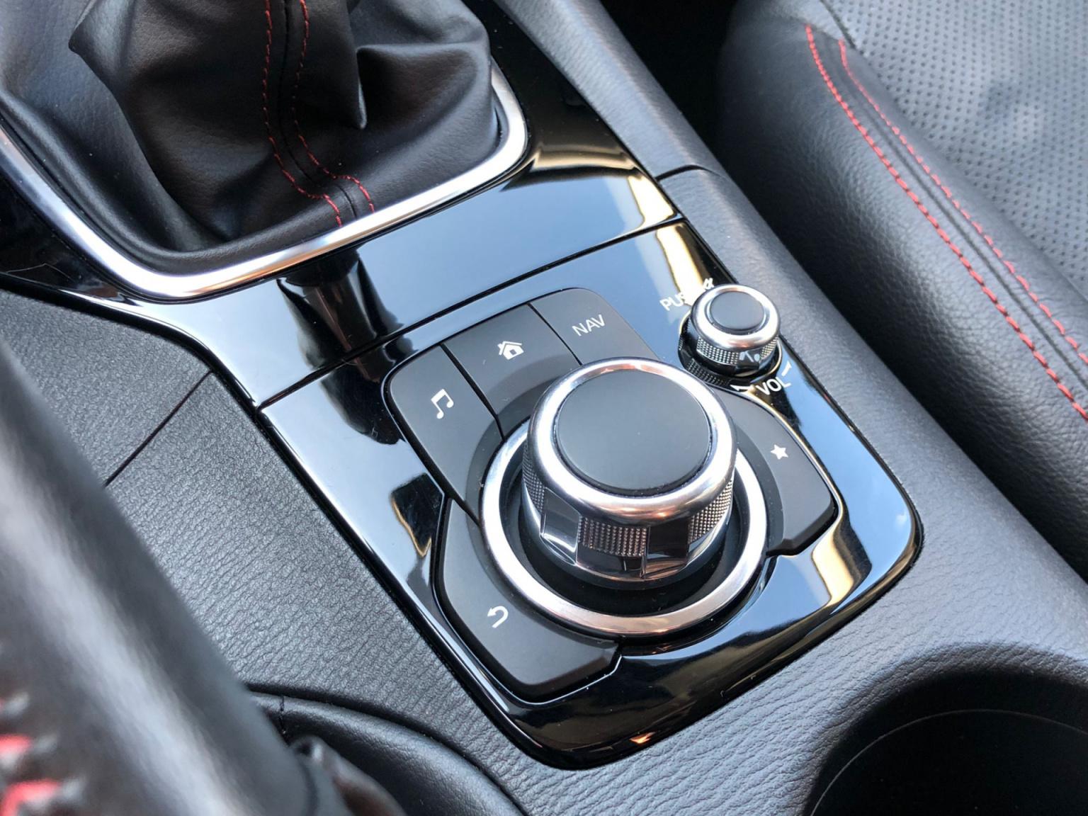 Mazda-3-26